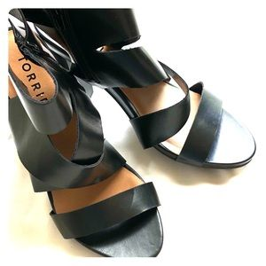 Torrid strappy ankle sandals (zippered) size 11